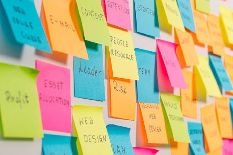 Kiên định là gì? Sử dụng giấy nhớ để rèn luyện tính kiên định